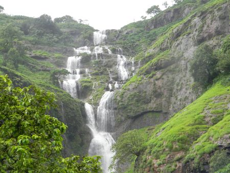 waterfall of Bhandardara hill station