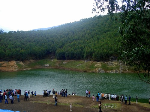 Echo Point is a picnic spot of Munnar