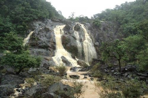 Hirni Falls
