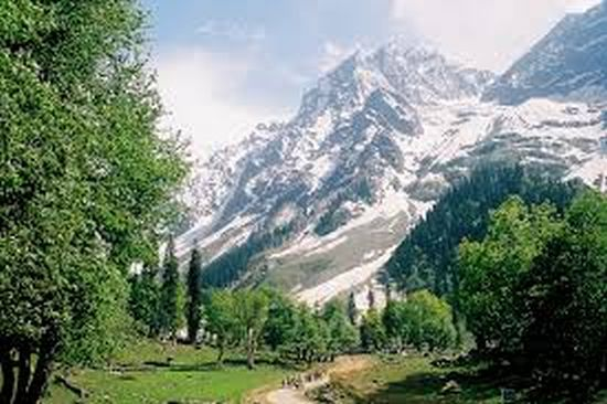 Sonamarg the beautiful cold hilly station of norther India